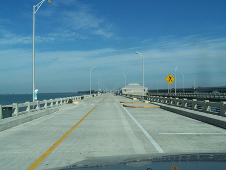 Fishing piers skyway fishing pier state park north pier for Tampa fishing outfitters